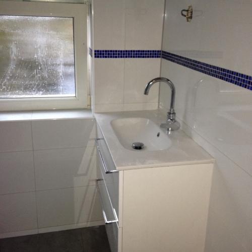 20170326 074442 nieuwe badkamer lekkage - Nieuwe badkamer ...